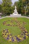 bild Mozart Denkmal Wien Und Notenschluessel