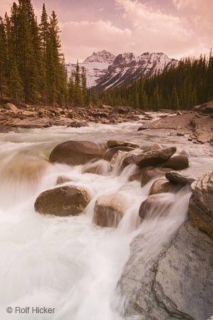 Bild Mistaya River Fluss Bild Berge